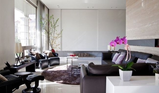 Easy ways to make your living room look larger